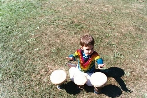 Evan_tie_die_drum